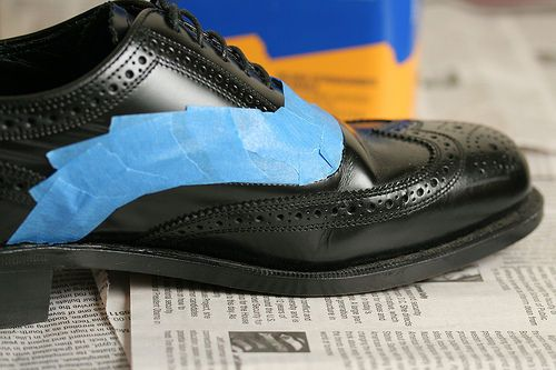 acrylic paint safe to use on leather shoes