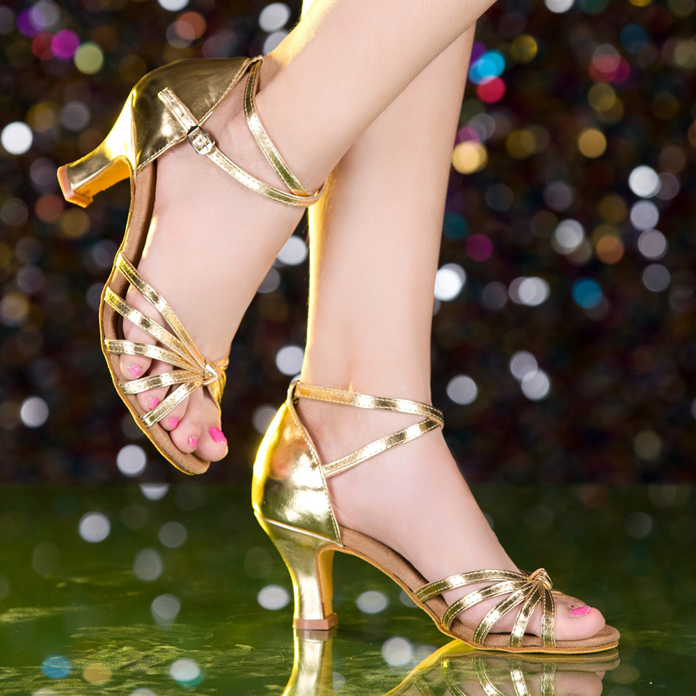 What Makes A Good Pair Of Standard & Latin Dance Shoes?