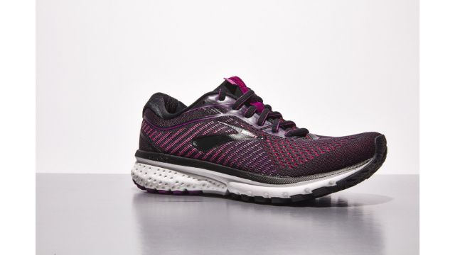 brooks right fit shoes