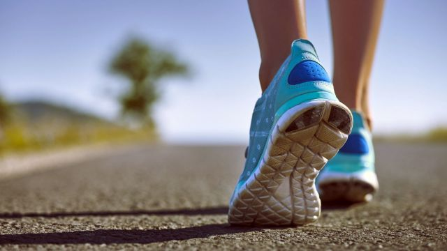 running shoes impairing stride