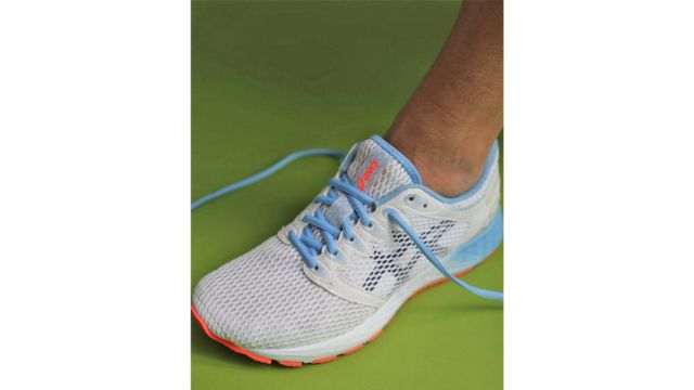 shoe laces running shoes