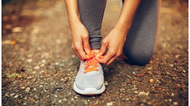how tight running shoes should be