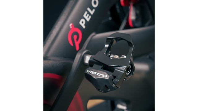 Avoid Being Stuck In The Pedals Of A Peloton