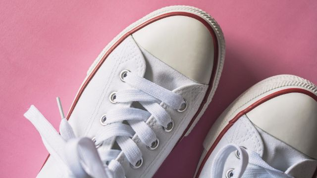 Clean Coffee Stains Off White Canvas Shoes