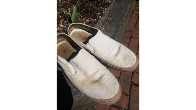 How To Get Coffee Stains Out Of White Shoes?