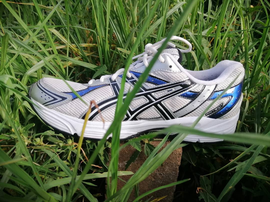 Best Shoes For Grass Volleyball