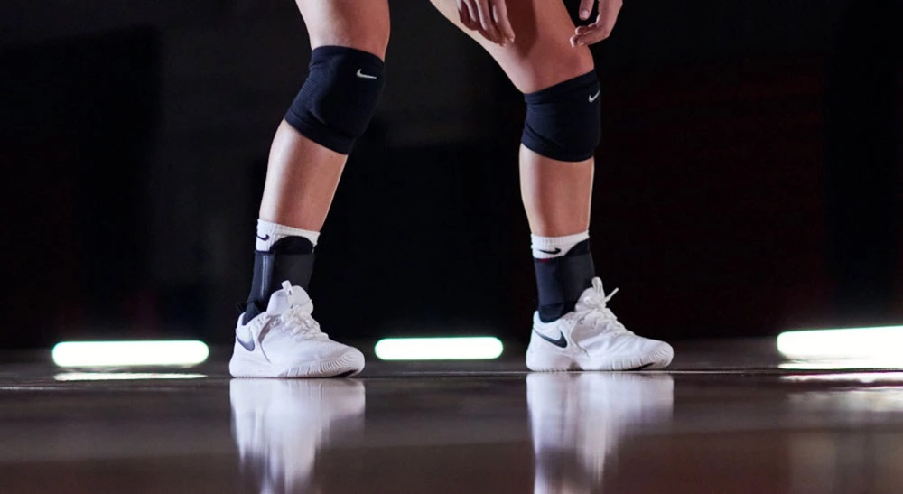Should One Wear Shoes Or Play Volleyball Barefoot?